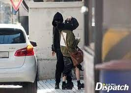 Posible noviazgo entre lisa de blackpink y jungkook de bts