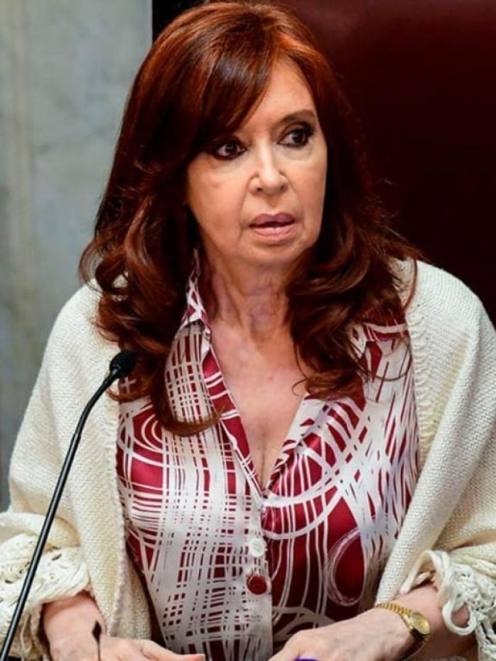 Último momento!!!!. Murió Cristina Kirchner