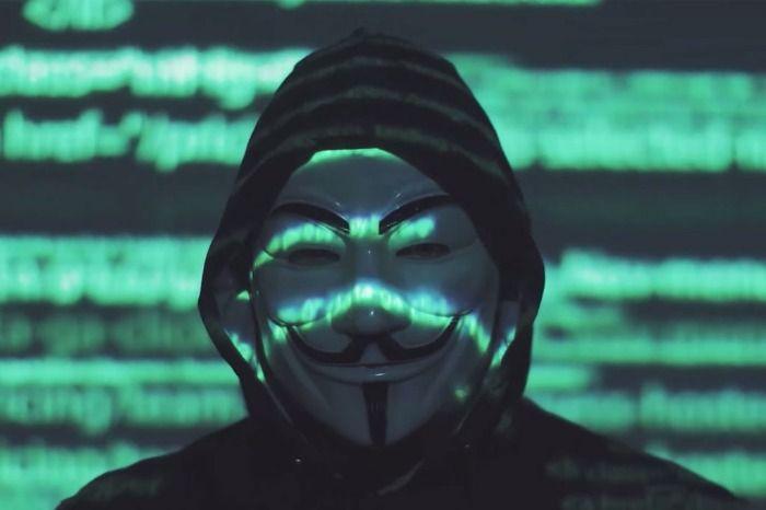 Anonymous está detrás de la caída a nivel mundial de las redes sociales (facebook, instagrma, watsapp).