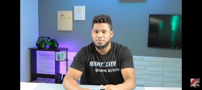 Famoso youtuber revela su intimidad