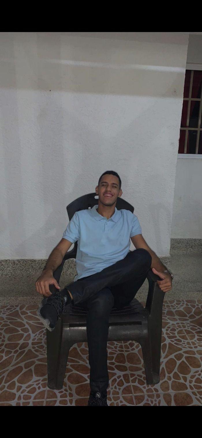 Joven de Riohacha es sorprendido manteniendo relaciones sexuales con una burra.