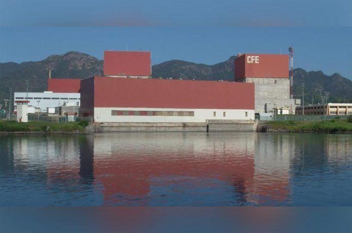 Suspenden actividades en Laguna Verde por fuga de Uxiono